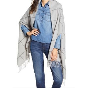 NWT Madewell Windowpane Cape Scarf